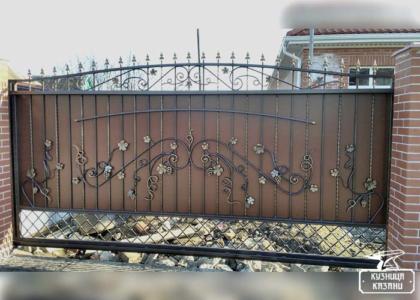 Кованые откатные ворота - Кузница Казани